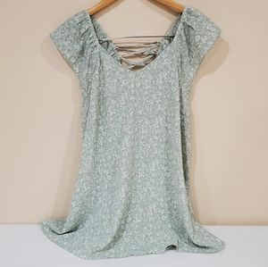 NWT Easel Green Boho Lace Up Flowy Blouse Medium
